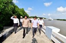Kiểm tra tình hình sạt lở bờ sông, bờ biển tại tỉnh Cà Mau