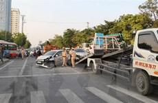 Tai nạn liên hoàn ở thành phố Vinh làm nhiều phương tiện hư hỏng nặng