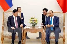 Thủ tướng Chính phủ Nguyễn Xuân Phúc hội đàm với Thủ tướng Lào
