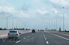 Đầu tư xây dựng đường cao tốc Thành phố Hồ Chí Minh-Mộc Bài dài 53,5km