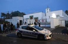 Tổng thống Pháp lên án vụ tấn công tại thánh đường Hồi giáo