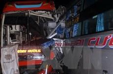 Quảng Nam: Tai nạn liên hoàn khiến 3 xe khách bị hư hỏng nặng