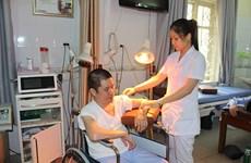 Áp dụng kỹ thuật mới trong khám, chữa bệnh và phục hồi chức năng