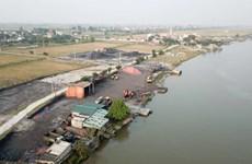 Ô nhiễm môi trường từ các điểm tập kết than trái phép tại Nam Định