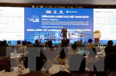 Đề xuất các giải pháp phát triển logistics hành lang kinh tế Đông-Tây