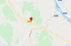 Xe đầu kéo va vào dải phân cách gây cháy lớn ở cao tốc Nội Bài-Lào Cai