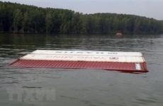 Vụ chìm tàu trên sông Lòng Tàu: 3 người mất tích khi tham gia trục vớt