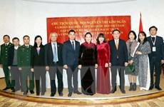 Chủ tịch Quốc hội gặp cộng đồng người Việt Nam tại Belarus