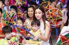 Hoa hậu Đỗ Mỹ Linh là đại sứ của dự án thanh niên với hòa bình