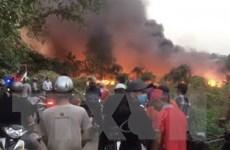 Bình Dương: Cháy bãi rác rộng 5.000m2 ngay sát khu dân cư