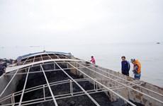 Lực lượng cảnh sát biển tạm giữ 800 tấn than không rõ nguồn gốc