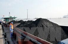 Lực lượng cảnh sát biển tạm giữ 500 tấn than không rõ nguồn gốc