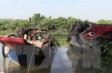 Bình Dương: Tạm giữ các ghe hút cát lậu trên sông Sài Gòn