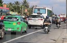 Xảy ra ùn tắc nhiều nơi trên Quốc lộ 1 đoạn qua tỉnh Tiền Giang