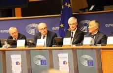 Nghị sỹ châu Âu được thông tin sâu rộng về EVFTA và EVIPA
