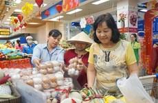 Người dân mua thực phẩm tích trữ: Các siêu thị đáp ứng đủ nguồn cung