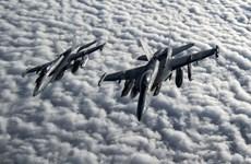 Mỹ thử nghiệm chiến đấu cơ do máy bay khác điều khiển hoàn toàn