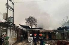 Hà Nội: Kịp thời khống chế vụ cháy tại kho phế liệu ở Hà Đông