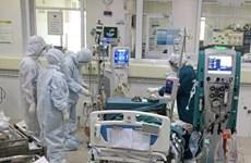 Phó Thủ tướng: Bộ Y tế đề xuất bổ sung thêm số lượng máy thở