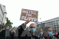 Hàng nghìn người Đức, Nhật tuần hành phản đối phân biệt chủng tộc