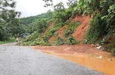 Mưa lũ gây thiệt hại về nhà ở, làm ngập nhiều tuyến đường tại Lào Cai
