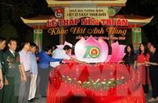 Thắp nến tri ân liệt sỹ Thanh niên xung phong tại Ngã ba Đồng Lộc