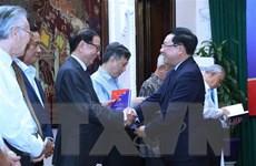 Kỷ niệm 25 năm Việt Nam gia nhập ASEAN: Cùng nhìn lại và đi tới
