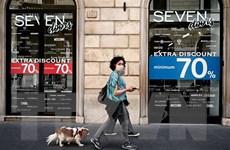 Italy đóng cửa các hộp đêm, bắt buộc đeo khẩu trang nơi công cộng
