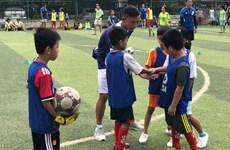 Đào tạo, hỗ trợ các huấn luyện viên bóng đá phong trào ở Việt Nam