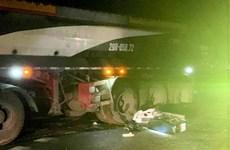 Sơn La: Xe đầu kéo va chạm với xe máy, một người tử vong