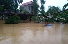Quảng Bình: Nước sông Gianh lên cao, hàng vạn ngôi nhà ngập sâu