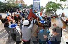 Quảng Bình: Khen thưởng những ngư dân vượt lũ cứu người gặp nạn