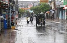 Các khu vực trên cả nước có mưa dông, vùng núi dưới 17 độ C