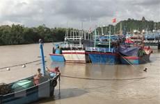 Ứng phó bão số 10: Phú Yên cấm biển, Khánh Hòa kiểm đếm tàu thuyền