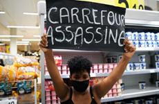 Brazil: Hơn 1.000 người tấn công đập phá siêu thị Carrefour