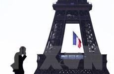 COVID-19 'tấn công' trực diện vào mô hình kinh tế của Pháp