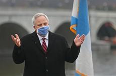 Bộ trưởng Nội vụ Mỹ David Bernhardt dương tính với virus SARS-CoV-2