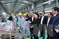 Hình ảnh Chủ tịch Quốc hội thăm Khu công nghiệp Thaco Chu Lai