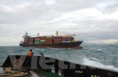 Lữ đoàn 189 Hải quân cứu hộ thành công tàu container 5.700 tấn