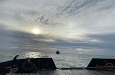 Hỗ trợ khẩn cấp 5 thuyền viên bị tai nạn trên tàu hàng Chem Sinyoo
