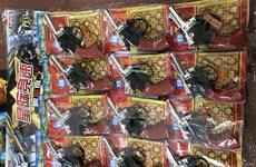 Bắt giữ lô hàng gần 2.000 khẩu súng đồ chơi không rõ nguồn gốc xuất xứ