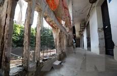 Cận cảnh các khu chung cư cũ, xuống cấp nghiêm trọng tại Hà Nội