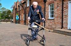 'Đại úy Tom' của nước Anh qua đời ở tuổi 100 vì mắc COVID-19