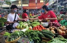 Thành phố Hồ Chí Minh: Chợ bán lẻ bắt đầu nhộn nhịp, hàng hóa đa dạng