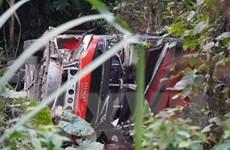 Tuyên Quang: Xe khách bất ngờ lao xuống vực, một người tử vong
