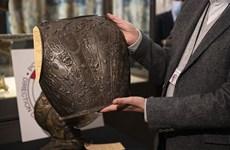 Bảo tàng Louvre tìm được bộ giáp quý sau 40 năm bị đánh cắp