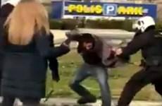 Hy Lạp: Biểu tình kích động bạo loạn ở ngoại ô thủ đô Athens