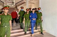 Xử phạt bác sỹ hiếp dâm nữ điều dưỡng viên 6 năm 8 tháng tù giam
