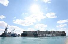 Ai Cập dự đoán nguyên nhân tàu Ever Given mắc cạn ở kênh đào Suez