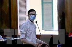 Đề nghị án tù treo đối với tiếp viên hàng không làm lây lan COVID-19